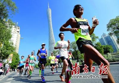 广州马拉松快步跑向国际顶级赛事,开放与包容成为最大魅力。 资料图片